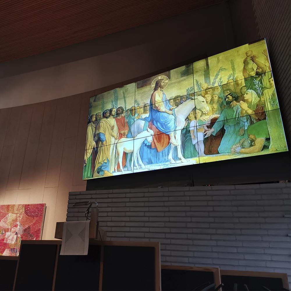 Munkkivuoren kirkko isonäyttö
